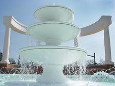 Free White Fountain Royalty Free Stock Photo - 90315