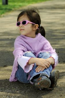 Free Little Fashion Girl Royalty Free Stock Photo - 9001375