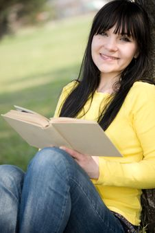 Free Reading Book Stock Image - 9002101