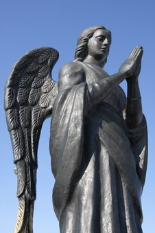 Free Metal Statue Of An Angel Stock Photo - 9002530