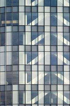 Free Office Building Royalty Free Stock Photography - 9004147