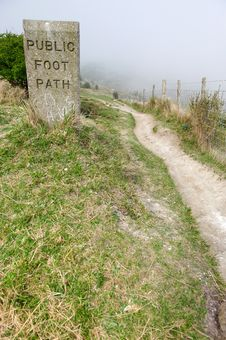 Free Foot Path Royalty Free Stock Image - 9007236