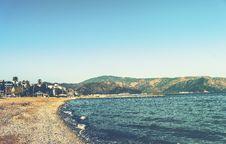 Free Empty Beach On Sunny Day Royalty Free Stock Photography - 90098757