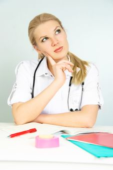 Free Thoughtful Doctor Stock Photo - 9010410