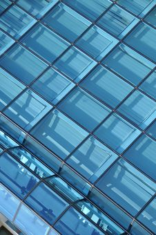 Free Glass And Metal Royalty Free Stock Photo - 9011795