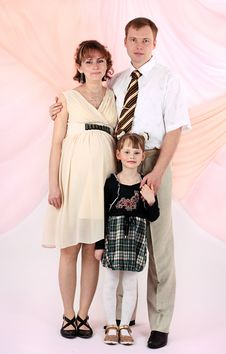 Free Portrait Of A Young Family Stock Image - 9013901