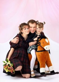 Free Portrait Of A Young Family Stock Image - 9013921