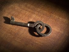 Free Old Key Royalty Free Stock Photo - 9014055