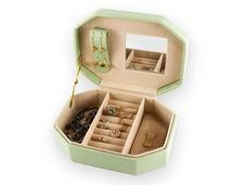 Free Eather Jewelry Box With Stock Image - 9021481