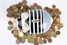 Free Piggybank Royalty Free Stock Photo - 9023495