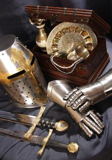 Free Still-life With An Armour Royalty Free Stock Images - 9026319