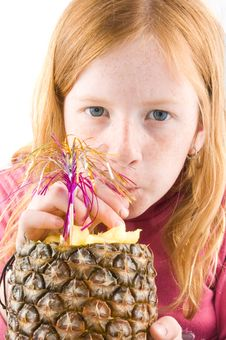 Free Red Head Girl Is Drinking From A Pineapple Royalty Free Stock Images - 9028519