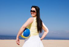 Free Beautiful Woman Playing Volleyball At The Beach Stock Image - 9028571