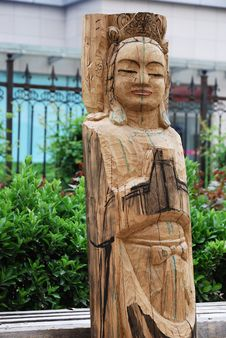 Free Unfinished Wooden Carving Of Bodhisattva Stock Photography - 9028772