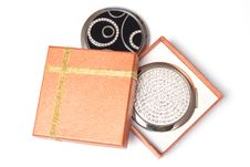 Free Gift Box And Hand Mirrors Stock Photos - 9029503
