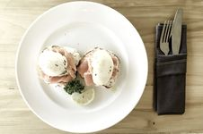 Free Poached Eggs Stock Image - 90215051