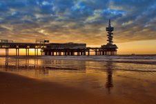 Free Pier At Sunrise Stock Image - 90215891