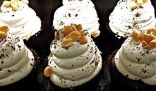 Free Dessert, Cupcake, Buttercream, Whipped Cream Royalty Free Stock Photos - 90216288