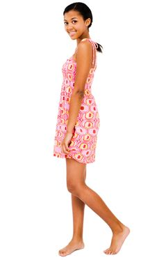 Free Portrait Of Teenage Girl Smiling Stock Photo - 9034570