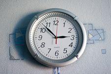 Free Wall Clock Royalty Free Stock Photo - 9035085