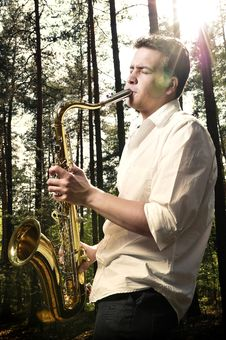 Free Saxy Player Men Stock Photo - 9036020
