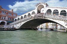 Free Grand Canal - Rialto - Venice Italy Venezia - Creative Commons By Gnuckx Stock Photography - 90355132