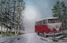 Free Clear Bright Moon And A Pink Campervan Royalty Free Stock Photography - 90355447