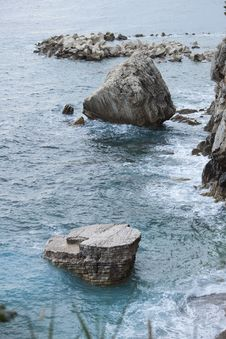 Free Nature Photography Of Rock Formations By The Sea Royalty Free Stock Images - 90356669