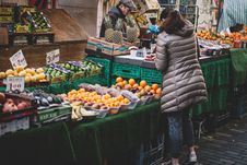 Free Vegetable Vendor Royalty Free Stock Image - 90357936