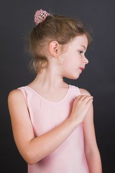 Free Tiny Ballerina Royalty Free Stock Photography - 9040227