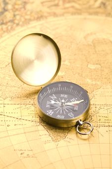 Free Old Compass Stock Photography - 9040922