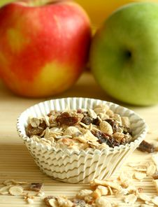 Free Muesli And Apples Royalty Free Stock Image - 9041176