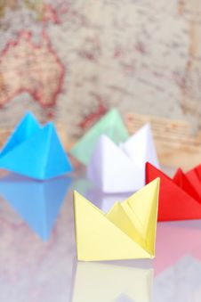 Free Paper Boats Royalty Free Stock Image - 9041616