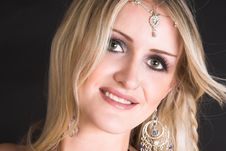 Free Belly Dancer Royalty Free Stock Photo - 9042725