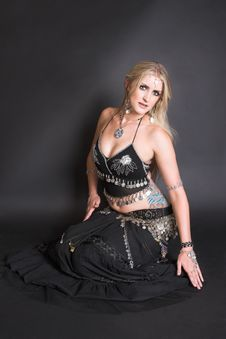 Free Belly Dancer Stock Photography - 9042862