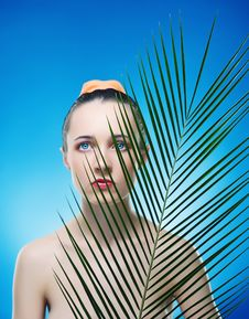Free Portrait Of Beautiful Woman With The Plant. Royalty Free Stock Images - 9042879