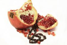 Free Pomegranate Stock Image - 9043521