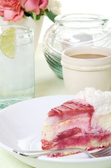 Free Raspberry Cheesecake Treat Royalty Free Stock Photos - 9046488