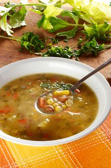 Free Vegetable Soup Royalty Free Stock Image - 9046796