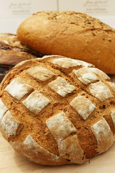 Free Different Sort Of  Bread Loaf Royalty Free Stock Images - 9046819