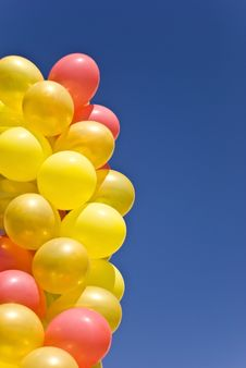 Free Balloons In The Sky Stock Photos - 9048843