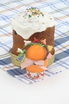 Free Easter Cake And Easter Egg Stock Images - 9049734