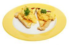 Free Scrambled Eggs On Toast Royalty Free Stock Photo - 9049855