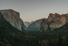 Free Landscape Photography Of Forest And Mountains During Daytime Stock Images - 90427754