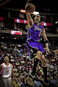 Free Mikki Moore Of Sacramento Kings Stock Images - 90427824