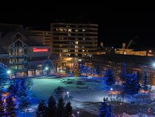 Free Townsquare Anchorage Alaska Royalty Free Stock Photography - 90488587