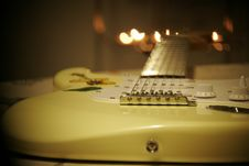 Free Yellow And White Stratocaster Electric Guitar Stock Photos - 90489013