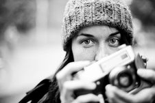 Free Woman With Camera Royalty Free Stock Photography - 90489677