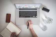 Free Notebook And Laptop Royalty Free Stock Image - 90490646