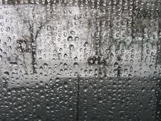 Free Raindrops On Window Pane Royalty Free Stock Images - 90491739